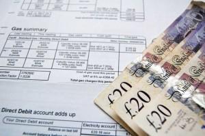 save money on heating bills image