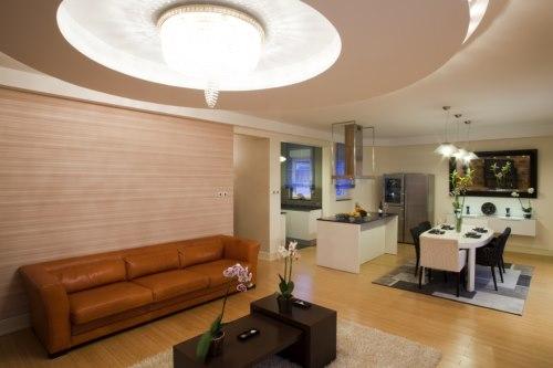 Room with laminate flooring