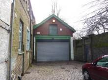 £550,000 London Garage